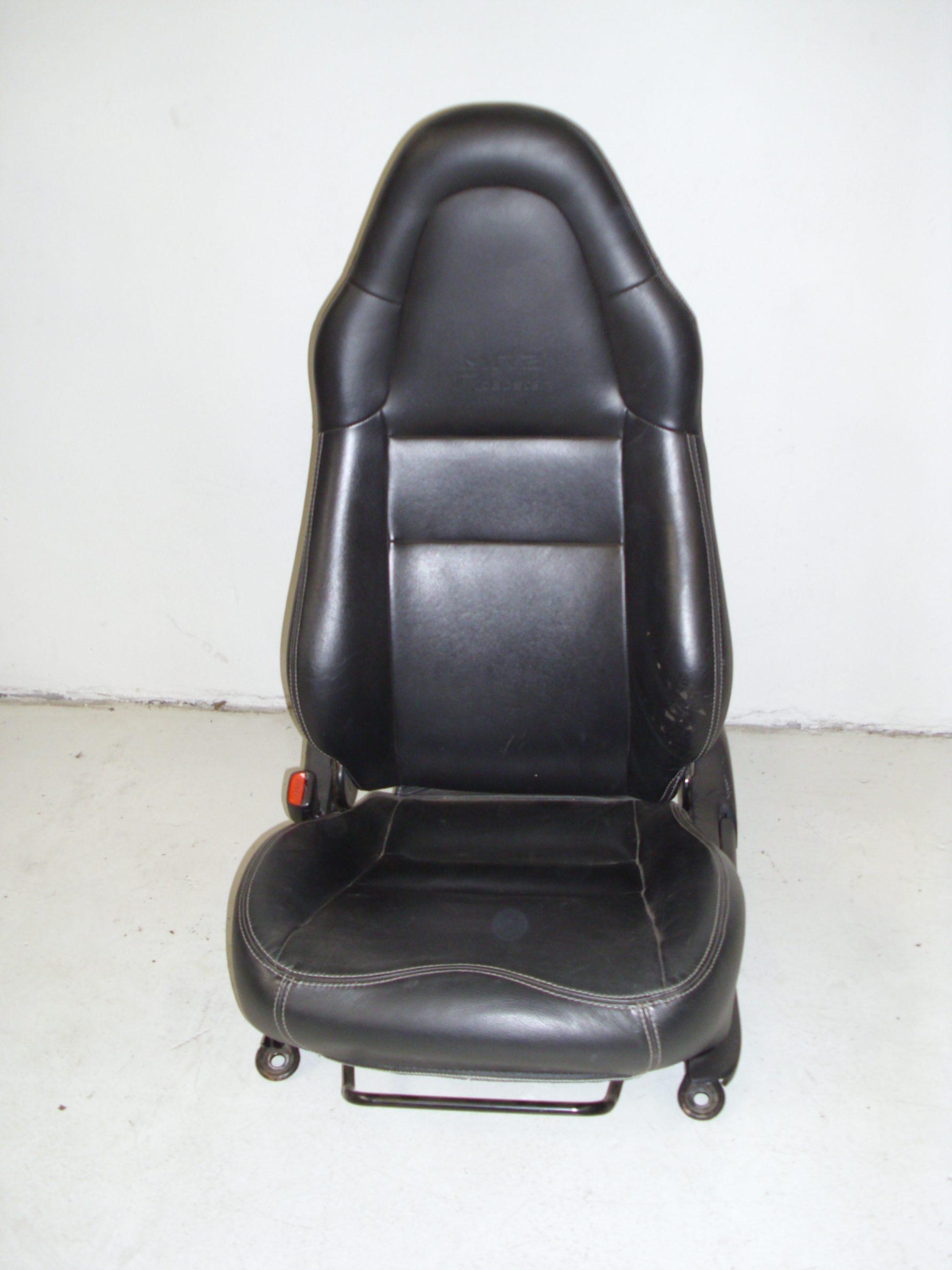 Lederen stoelen roadster eu for Lederen stoelen